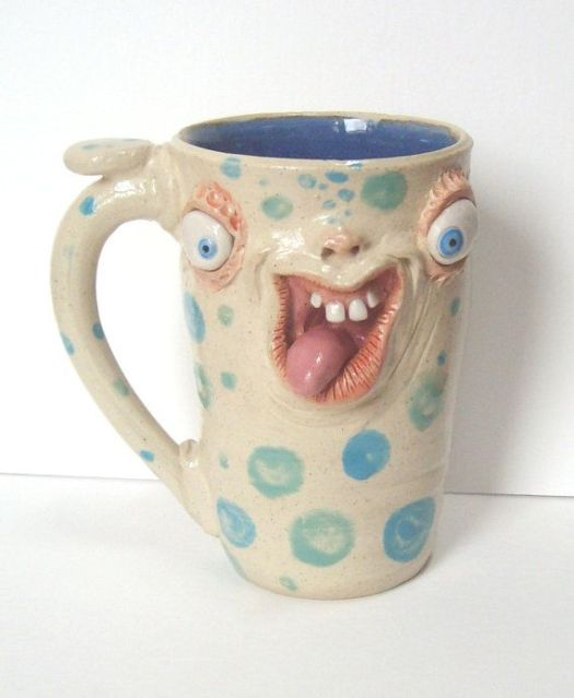 FACES and MUGS - What's going on with YOUR MUG? http://uploads.neatorama.com/images/posts/923/70/70923/1396818054-0.jpg