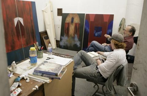 Speaking about Art... Mid Crit. http://www.uarts.edu/sites/default/files/imagecache/audience_slide/images/fineartcrit.jpg